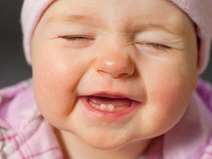Aleitamento materno e o nascimento dos dentes